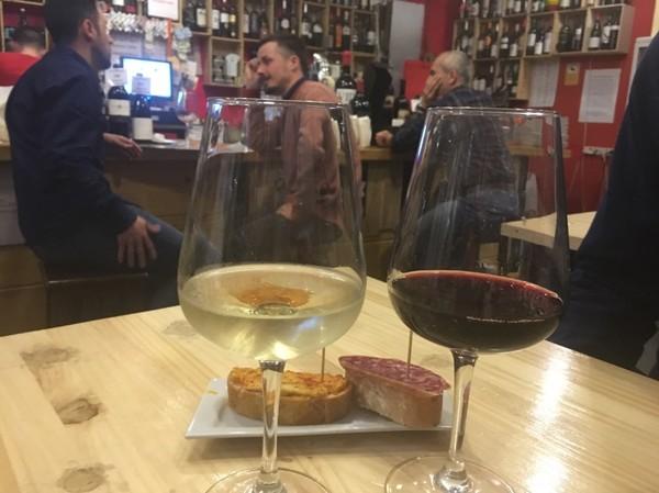Trevlig och genuin vinbar i Chueca